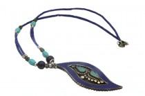 Collier chaîne avec pendentif en lapis lazuli d'Afghanistan