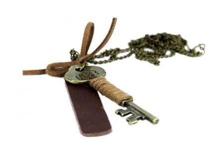 Collier pendentif clef pas cher