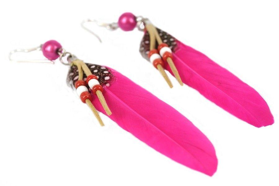 boucles d 39 oreilles plumes rose fushia. Black Bedroom Furniture Sets. Home Design Ideas