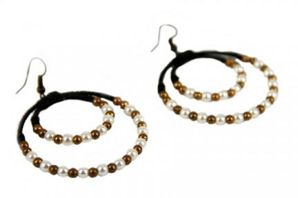 Boucles d'oreilles créoles en perles