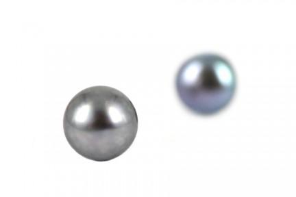 Boucles d'oreilles en perles noires grises