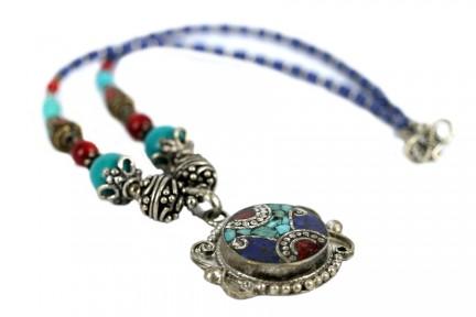 Collier en lapis lazuli et argent
