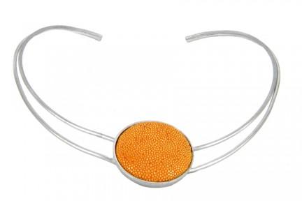 Collier rigide couleur or jaune femme