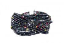 Bracelet manchette ethnique en bois de santal ou noisetier