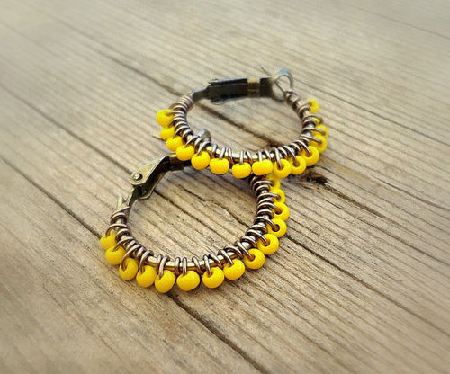 collier fantaisie jaune