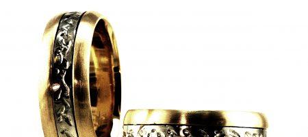 Comment reconna tre les mati res des bijoux - Comment reconnaitre des couverts en argent ...