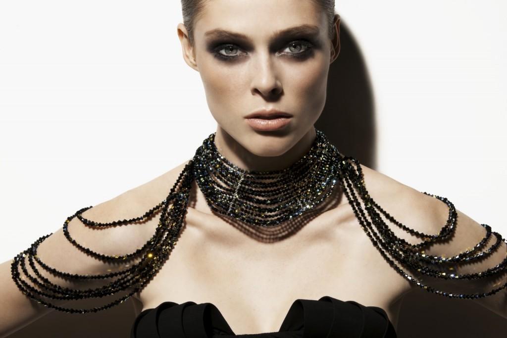 pourquoi femme portent bijoux
