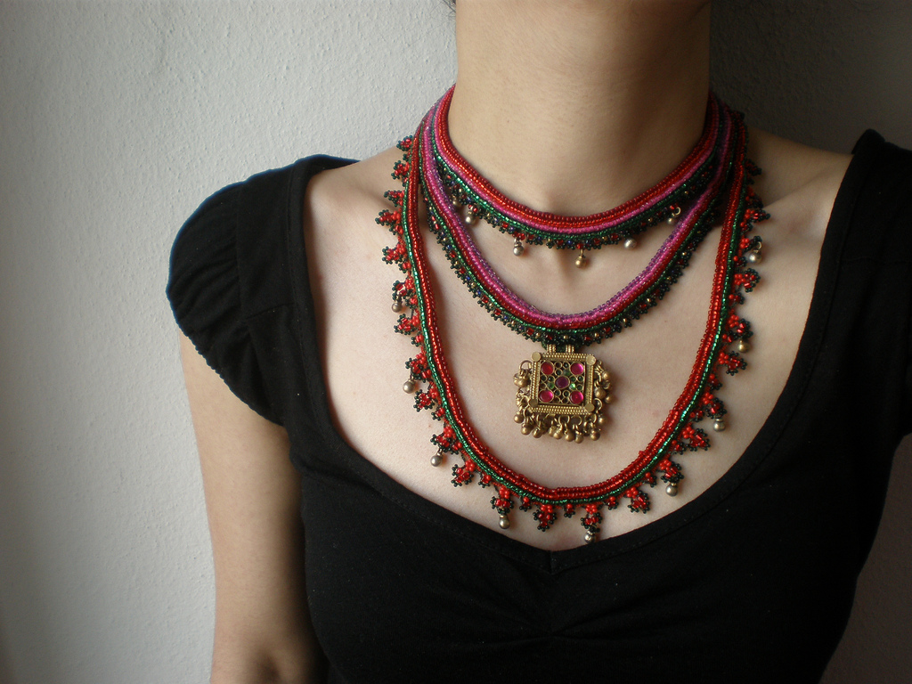 Collier Ethnique en BOIS d/'Indonésie Multicolore Wood