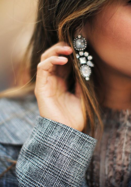 boucles oreilles strass pendantes