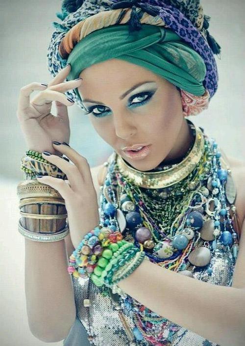 Quelle couleur de bijoux pour peau clair dor ou argent teint p le - Carnation de peau ...
