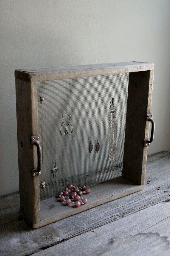 Comment ranger ses bijoux dans une boite ou sur un pr sentoir - Comment ranger ses parfums ...