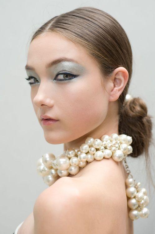 comment porter des perles